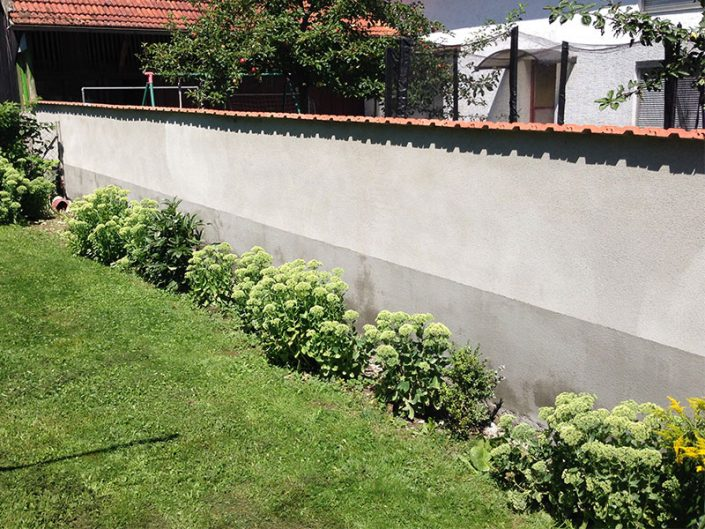 Fertige Gartenmauer